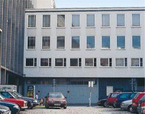 Fig. 1.1 Ripresa fotografica di un edificio per uffici